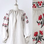 FG642 1910年代ウクライナ製赤アザミの花模様刺繍ホームスパンリネン長袖ワンピース