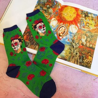 "<img class='new_mark_img1' src='//img.shop-pro.jp/img/new/icons4.gif' style='border:none;display:inline;margin:0px;padding:0px;width:auto;' />Sock Smith<br>Novelty crew ""Dia De Los Frida"""