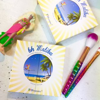 "<img class='new_mark_img1' src='//img.shop-pro.jp/img/new/icons4.gif' style='border:none;display:inline;margin:0px;padding:0px;width:auto;' />bh cosmetics makeup pallete ""bh Malibu"""