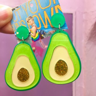 <img class='new_mark_img1' src='//img.shop-pro.jp/img/new/icons4.gif' style='border:none;display:inline;margin:0px;padding:0px;width:auto;' />Avocado Acrylic Earrings