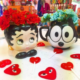 <img class='new_mark_img1' src='//img.shop-pro.jp/img/new/icons4.gif' style='border:none;display:inline;margin:0px;padding:0px;width:auto;' />Betty Boop & Felix Mug Cup