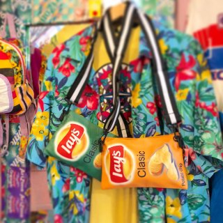 <img class='new_mark_img1' src='//img.shop-pro.jp/img/new/icons50.gif' style='border:none;display:inline;margin:0px;padding:0px;width:auto;' />Lay's Chips Pochet