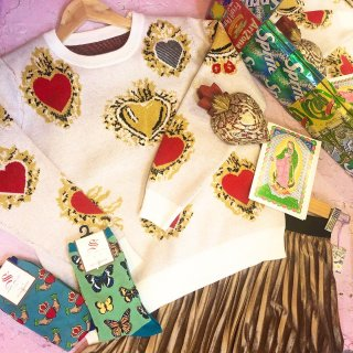 <img class='new_mark_img1' src='//img.shop-pro.jp/img/new/icons50.gif' style='border:none;display:inline;margin:0px;padding:0px;width:auto;' />Mexican Corazon Heart Knit