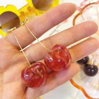 <img class='new_mark_img1' src='https://img.shop-pro.jp/img/new/icons4.gif' style='border:none;display:inline;margin:0px;padding:0px;width:auto;' />Cherry Earring(ピアス)