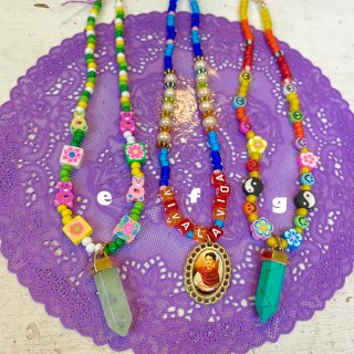 <img class='new_mark_img1' src='https://img.shop-pro.jp/img/new/icons4.gif' style='border:none;display:inline;margin:0px;padding:0px;width:auto;' />Hippie Happy Choker