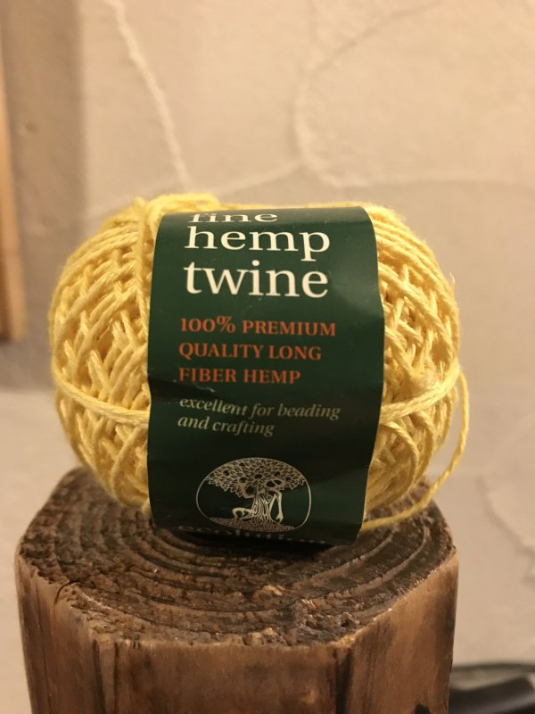 fine hemp twine 黄 (細)