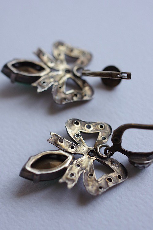 boucles d'oreilles ヴィンテージ ピアス リボン