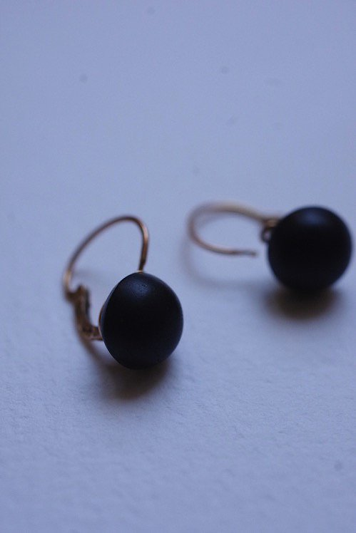 boucles d'oreilles アンティークピアス ジェット