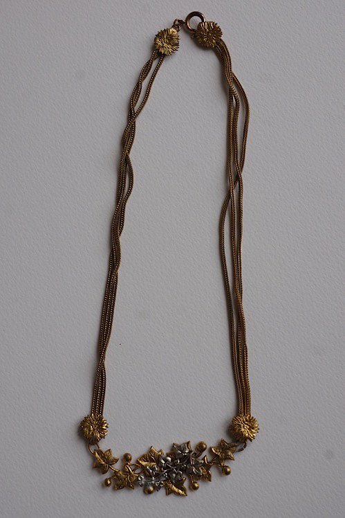 collier antique アンティークネックレス 植物柄