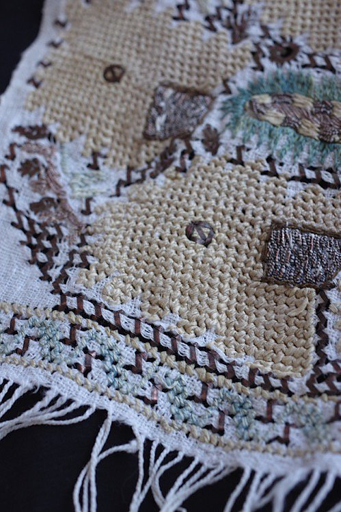 serviette brode antique アンティーク 刺繍 リネン オリエンタル 2