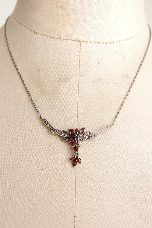 collier antique アンティークペンダント 赤い石
