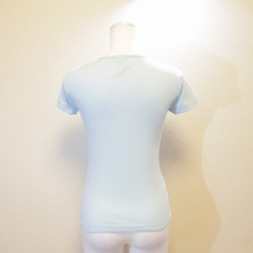 <img class='new_mark_img1' src='https://img.shop-pro.jp/img/new/icons1.gif' style='border:none;display:inline;margin:0px;padding:0px;width:auto;' />バレエ Tシャツ バレリーナ水色 ウォームアップウエア バレエ用品