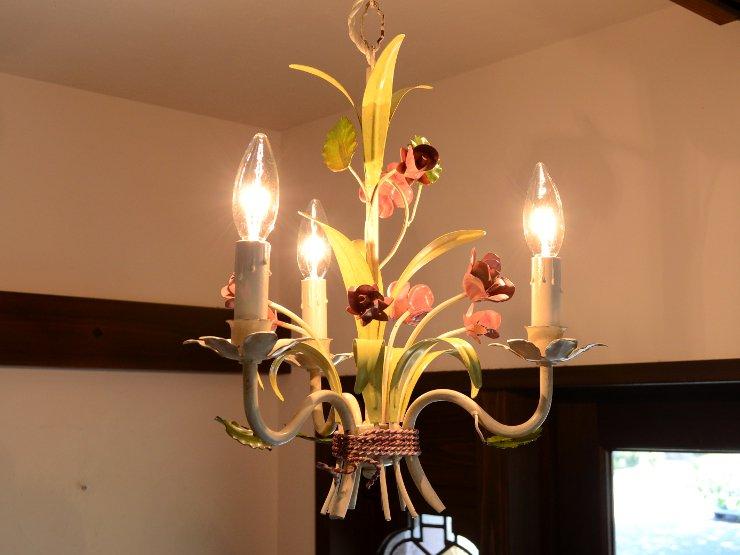 ヴィンテージアイアン 3灯フラワーシャンデリア