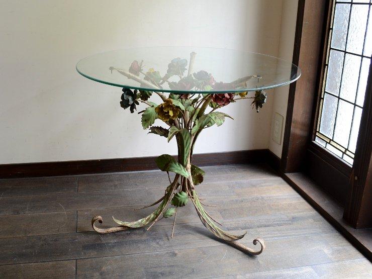 ヴィンテージ フラワーモチーフガラステーブル