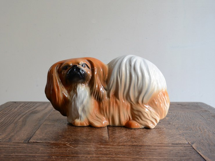 ヴィンテージ 犬モチーフ 陶器オブジェ