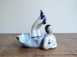女性モチーフ 陶器アクセサリートレイ