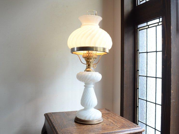 ミルクガラス オイルランプ型 テーブルランプ(H58cm)