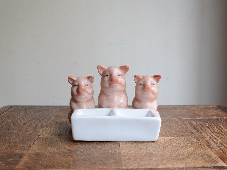 3匹の子豚陶器トレイ
