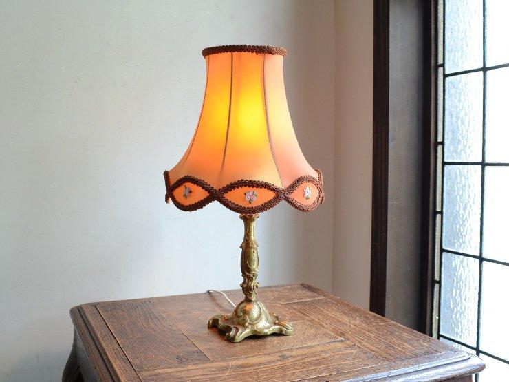 アンティーク シェード付き真鍮テーブルランプ(H37cm)