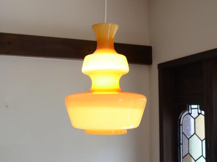 ヴィンテージ デザインガラス ペンダントランプ