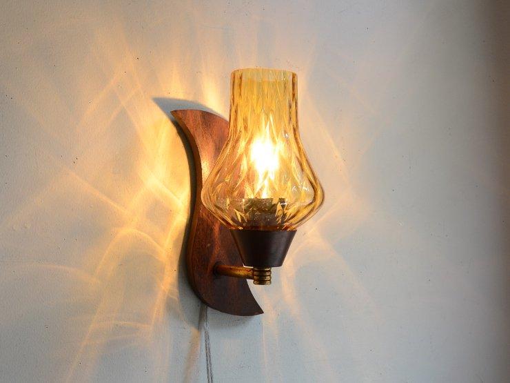 ヴィンテージ アンバーガラス 木製ウォールランプ