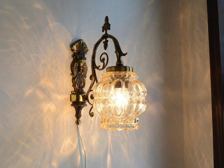 ヴィンテージ ガラスシェード付 真鍮ウォールランプ