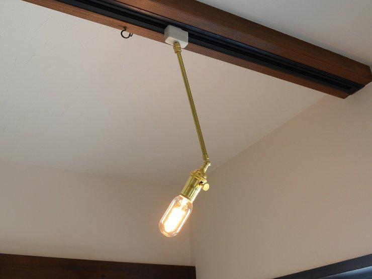 真鍮スイッチ付ソケット ペンダントアームランプ