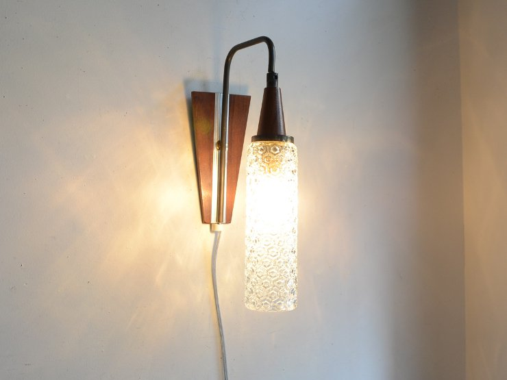 [new] ヴィンテージ ガラスシェード付木製ウォールランプ