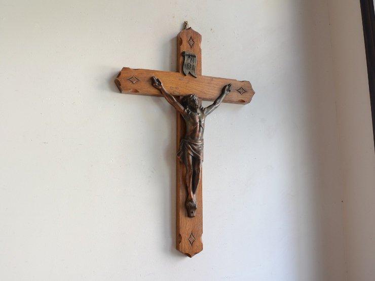 アンティーク木製クロス ウォールデコレーション(H53cm)