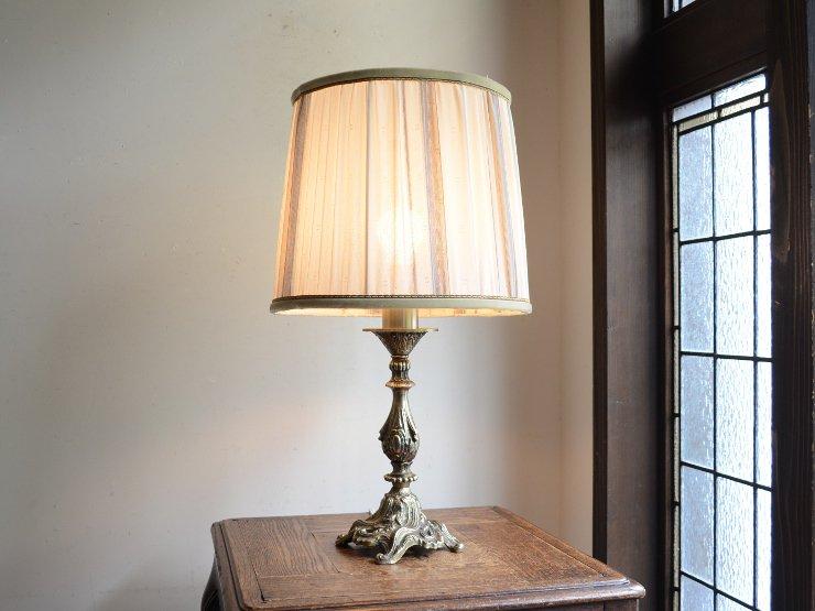 ヴィンテージ シェード付 メタルテーブルランプ(H52cm)
