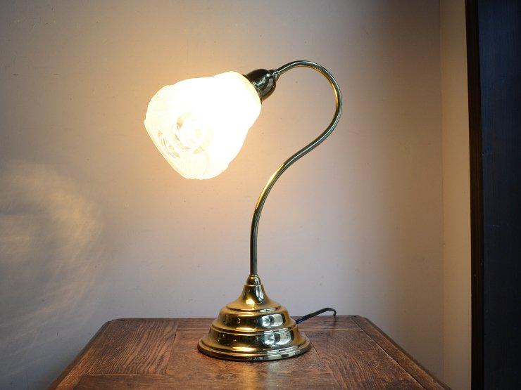 ガラスシェード付き真鍮テーブルランプ(H38cm)