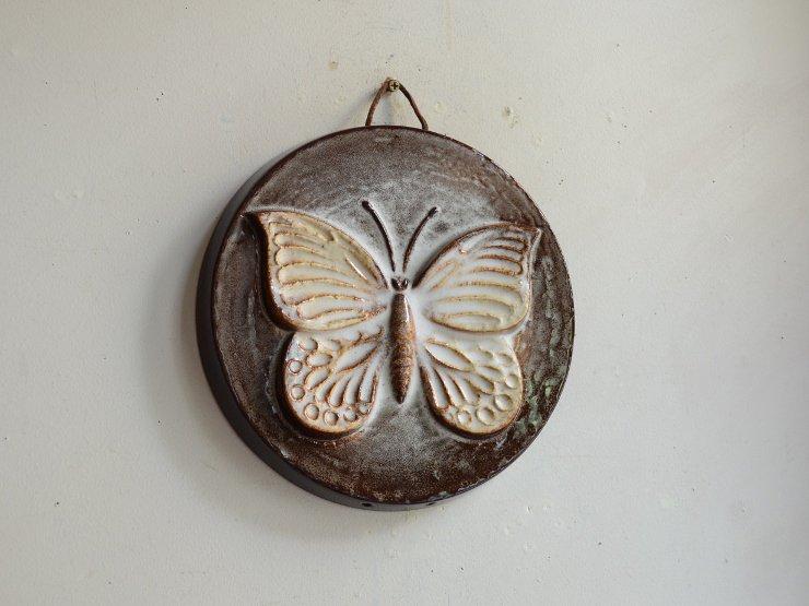 [new] ヴィンテージ 蝶々モチーフ壁掛け陶器オブジェ