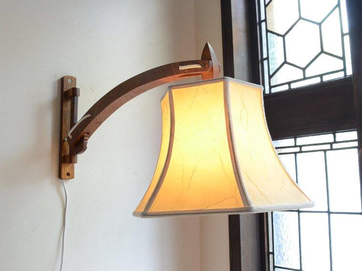 [new] ヴィンテージ シェード付木製アームウォールランプ