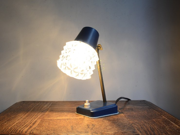 [new] ヴィンテージ デザイン ガラスシェード付テーブルランプ
