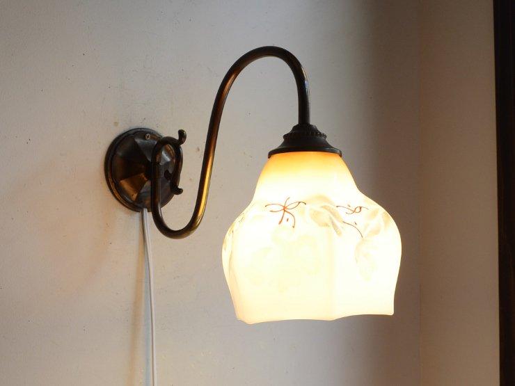 [new] ヴィンテージ 絵柄入りミルクガラス 真鍮ウォールランプ