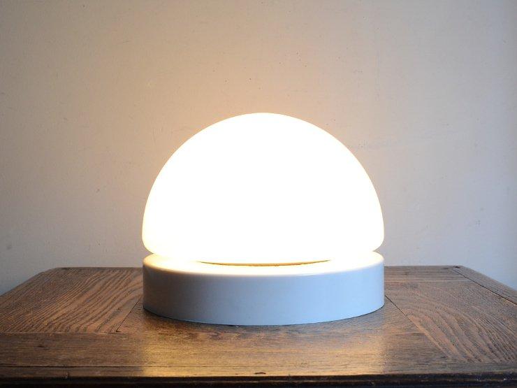 [new] ヴィンテージ デザインミルクガラス ライト