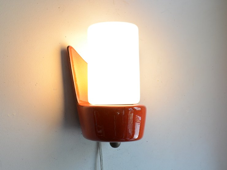 [new] ヴィンテージ ミルクガラス 陶器ウォールランプ