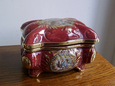 クラシカル 陶器アクセサリーケース(小物入れ)
