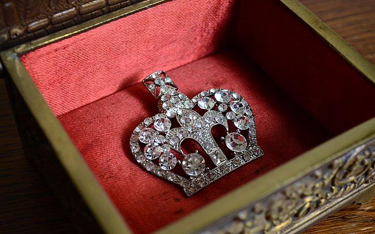フランス クラウン(王冠)モチーフ ブローチ