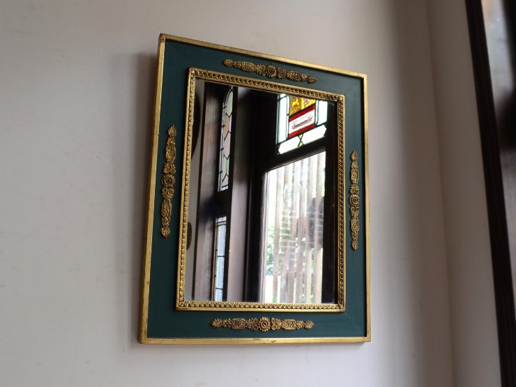 ゴールド×アンティークグリーン 木製壁掛けミラー(H52cm)