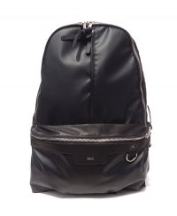 《DECADE》MATTE NYLON DAY PACK(DCD-01170N)【送料無料】