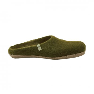 <img class='new_mark_img1' src='https://img.shop-pro.jp/img/new/icons1.gif' style='border:none;display:inline;margin:0px;padding:0px;width:auto;' />Slipper Moss Green (L:25-27cm)
