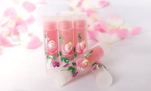 ・【限定商品】お試し用 バラの香りのリップバーム・紫根エキス入り ・スティック型