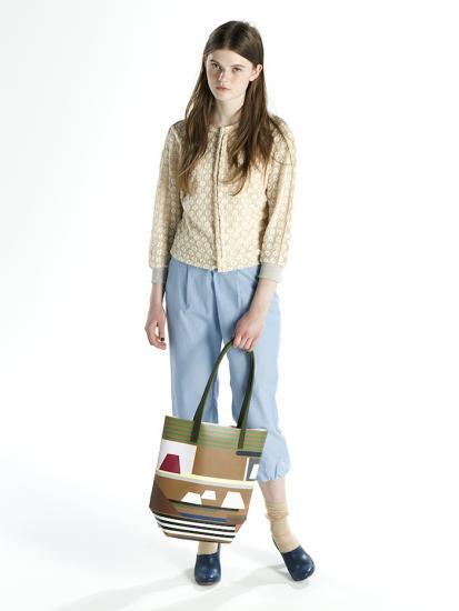 saleグラフィカルプリント デザインバッグカーキ