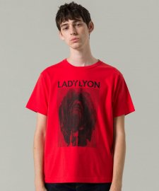 【40%OFF】DELUXE (デラックス) LADYLYON TEE (プリント半袖TEE) RED