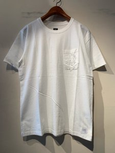 BANKS (バンクス) CATHERINE REX SMOKE (プリントTシャツ) OFF WHITE