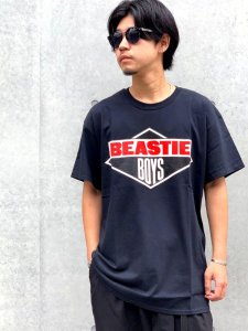<img class='new_mark_img1' src='https://img.shop-pro.jp/img/new/icons24.gif' style='border:none;display:inline;margin:0px;padding:0px;width:auto;' />【40%OFF】RAPTEES(ラップティーズ) BEASTIE BOYS S/S TEE (ビースティーボーイズ 半袖Tシャツ) BLACK