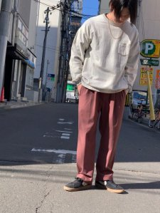 REMI RELIEF (レミレリーフ) トロ2タックパンツ BROWN