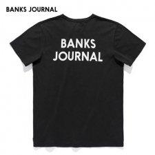 BANKS (バンクス) JOURNAL TEE(プリント半袖TEE) BLACK