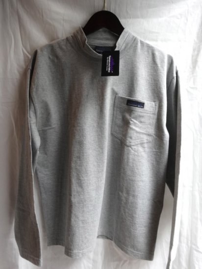 Thousand Mile Mock Neck Pocket L/S Tee Gray<BR>SALE! 5,500 + Tax → 3,300 + Tax